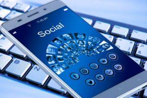 social mobile phone